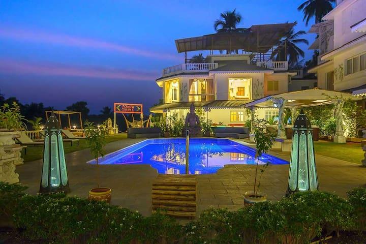 4BHK River View Villa - Siolim - Casa de campo