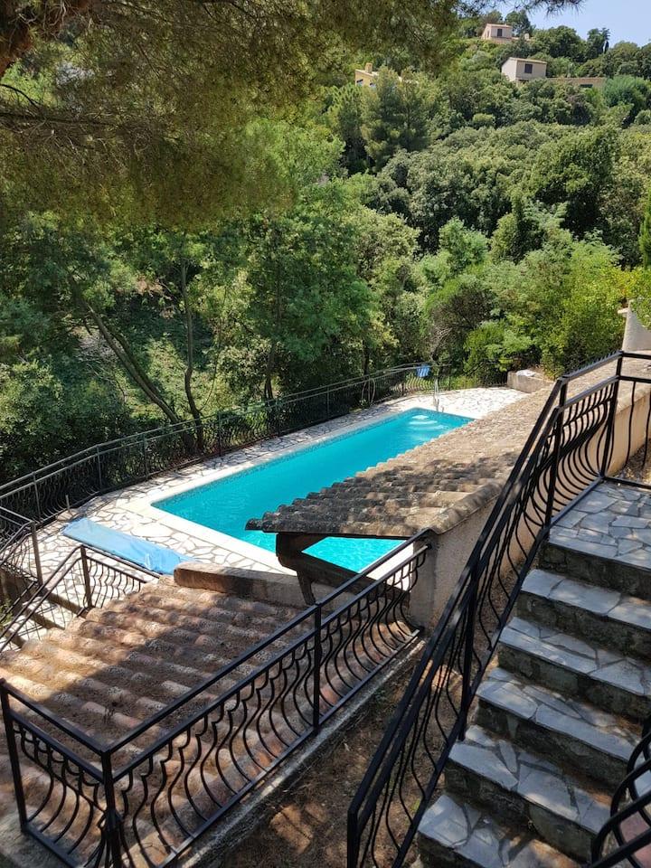 Charming Mediterranean Villa with swimming pool