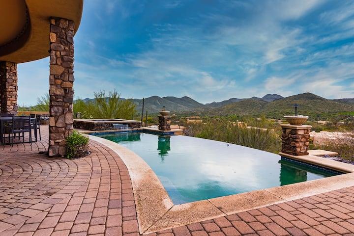 Sunbeam by AvantStay | Elegant, Private Desert Home w/ Infinity Pool, Spa & View