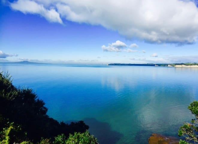Sea View Hot tub Retreat - Aoteoroa