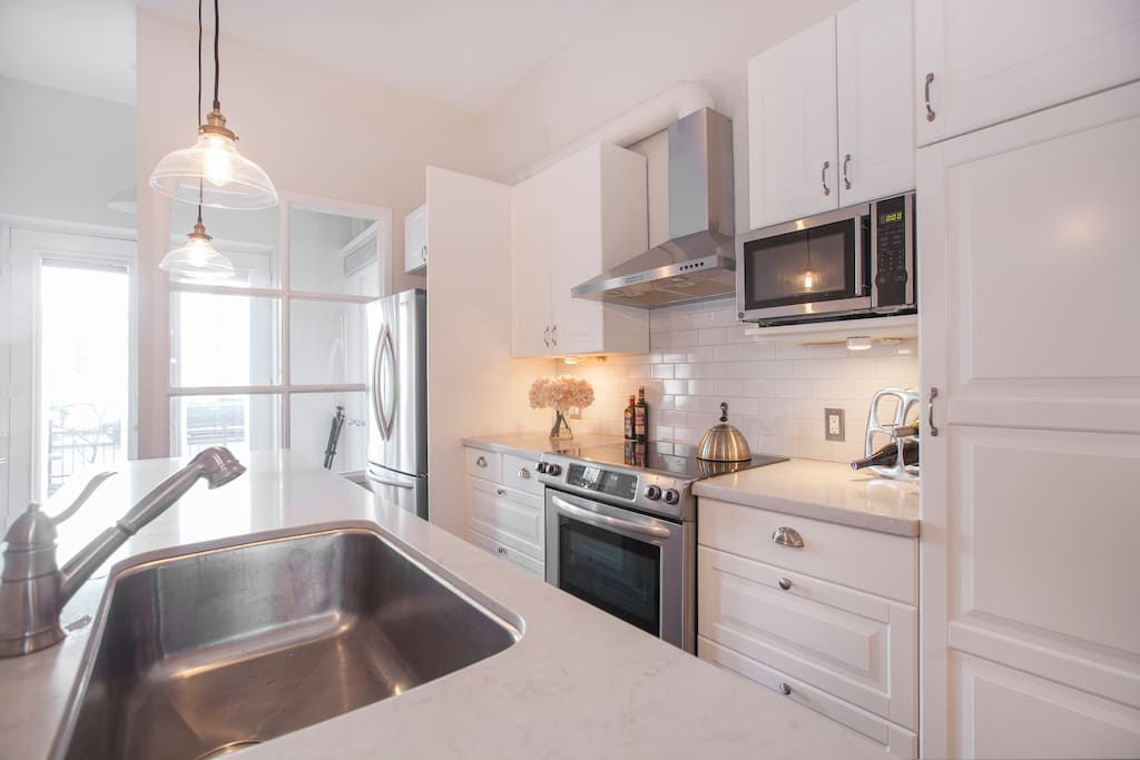 Fully Equipped Renovated Kitchen.