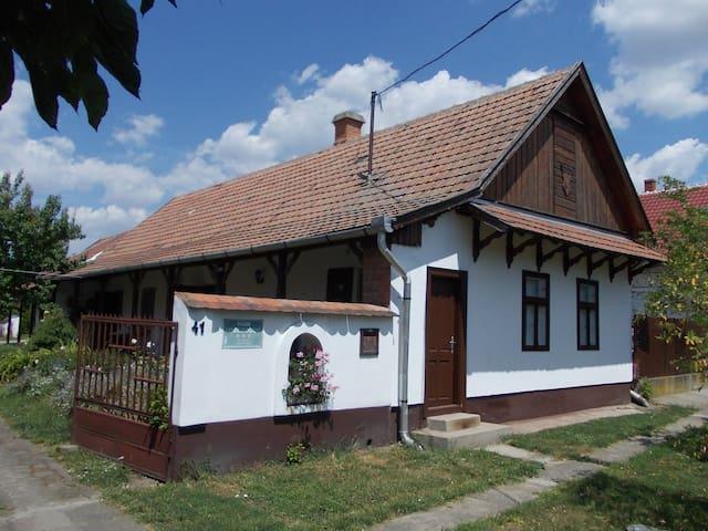 Csillik Vendégház,Tiszanána - Tiszanána
