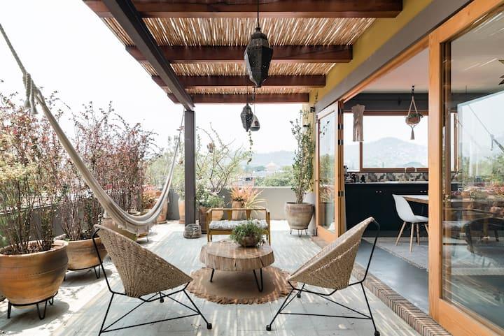 Savor Stunning Jalatlaco Views from Modern Penthouse