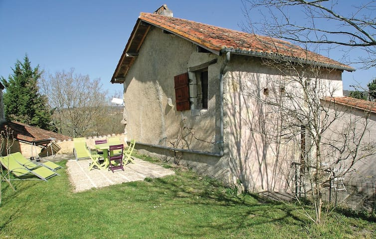 Holiday cottage with 2 bedrooms on 60m² in Grignols