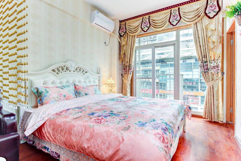 1米8舒适大床房