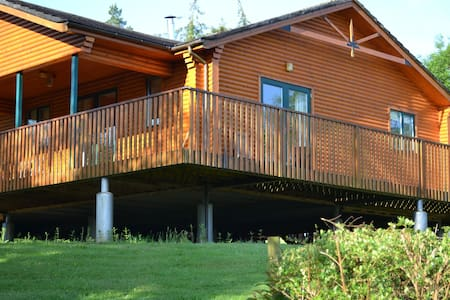 Chalet in the woods - Belturbet