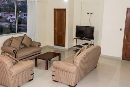 Hermoso departamento, zona residencial con parqueo - Cochabamba - Pis