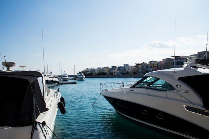 Limassol Marina, 5 minute walk from the apartment.