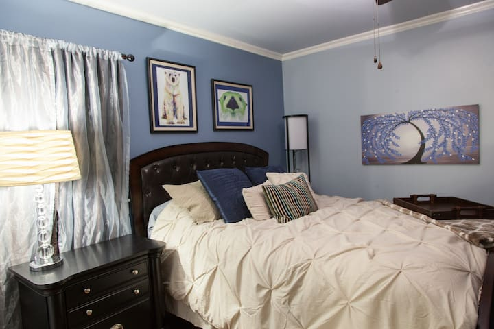 The large bedroom has a queen size bed.  It is about 12X14 Feet.