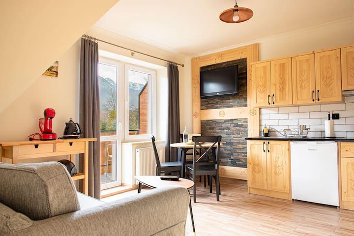 Tatrovia Apartments 01 z widokiem na góry Zakopane