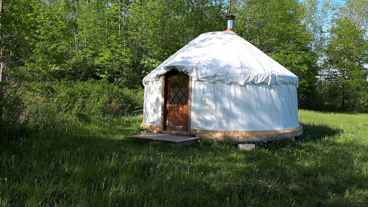 Yurt Getaway in the Gaspereau Valley
