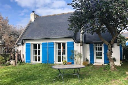Charmante maison bretonne proche plages