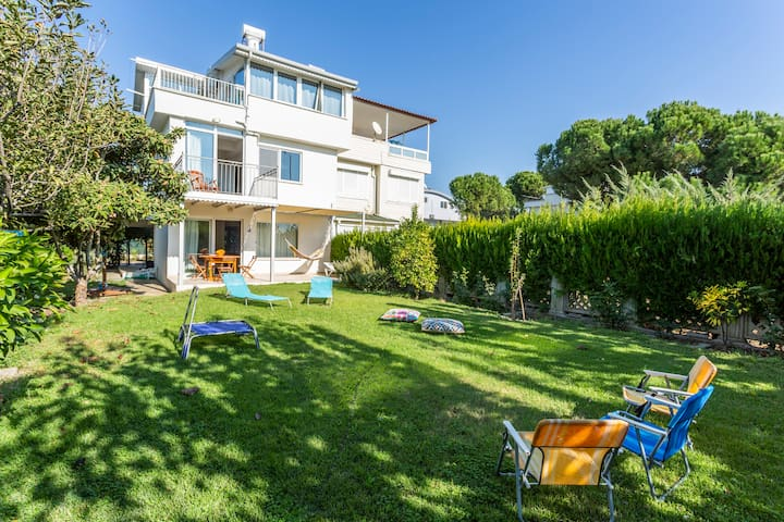VILLA BELINDA | Ideal For Families!