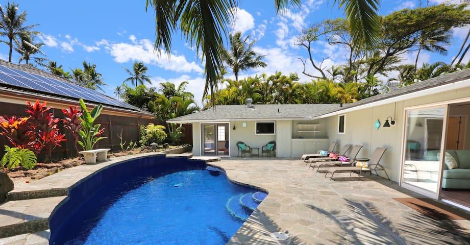 Fabulous Location, Pool, Steps from Kailua Beach