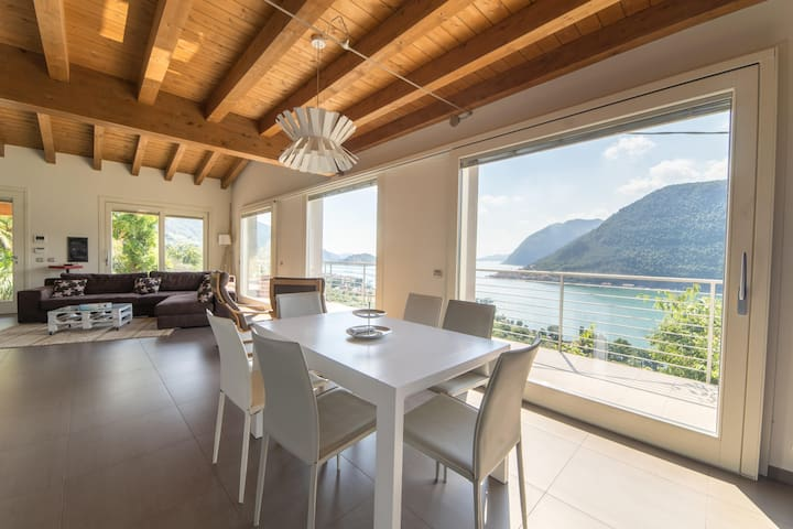 PANORAMA LUXURY VILLA - LAGO D'ISEO