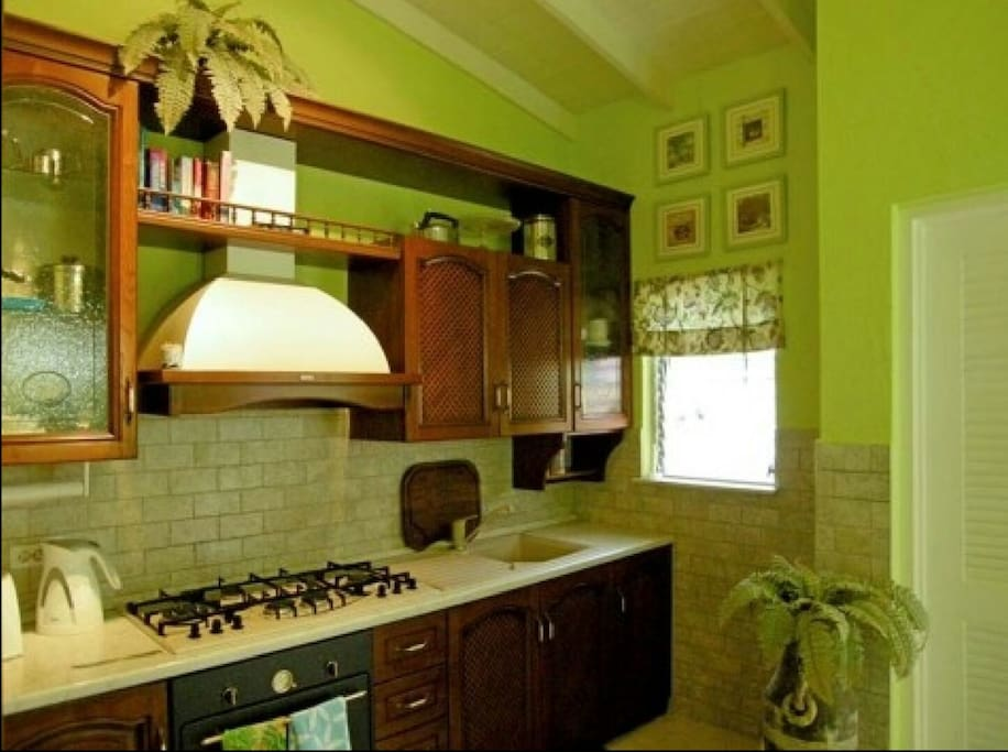 Lovely Galley style kitchen