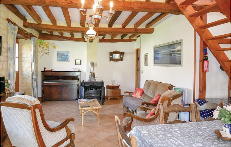 Holiday cottage with 2 bedrooms on 80m² in St Germain du Pert