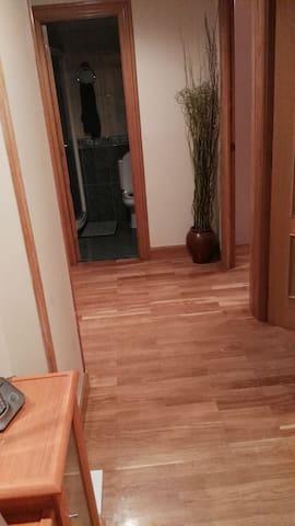 Alquiler habitaciones en piso - Donostia