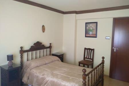 Habitación individual en casa de casco antiguo