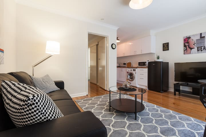 Cosy Apartment Carnegie - Carnegie - Apartment