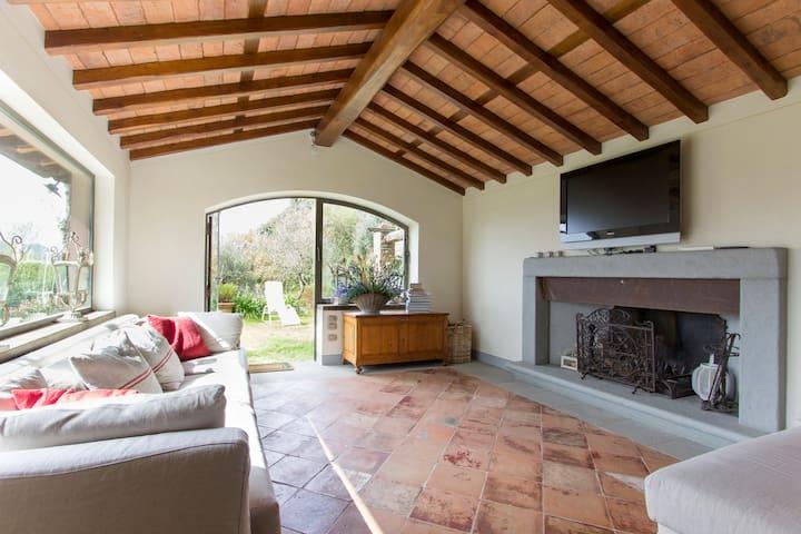 Villa del glicine - Camaiore - Casa de campo