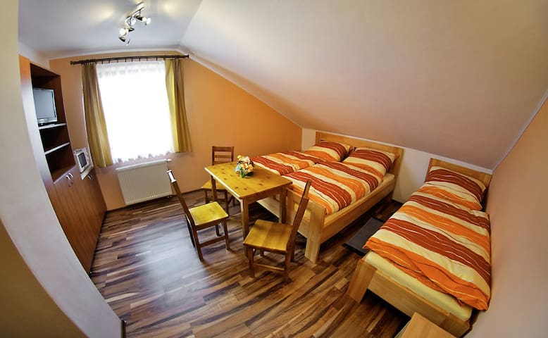 Villa Raj-Hrabušice-Slovensky raj - Hrabušice - Vindsvåning