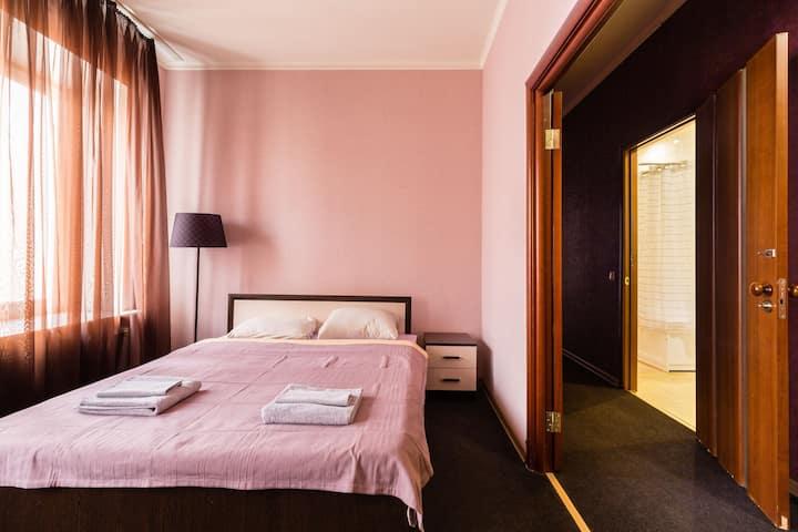 Светлая комната на Невском проспект#1