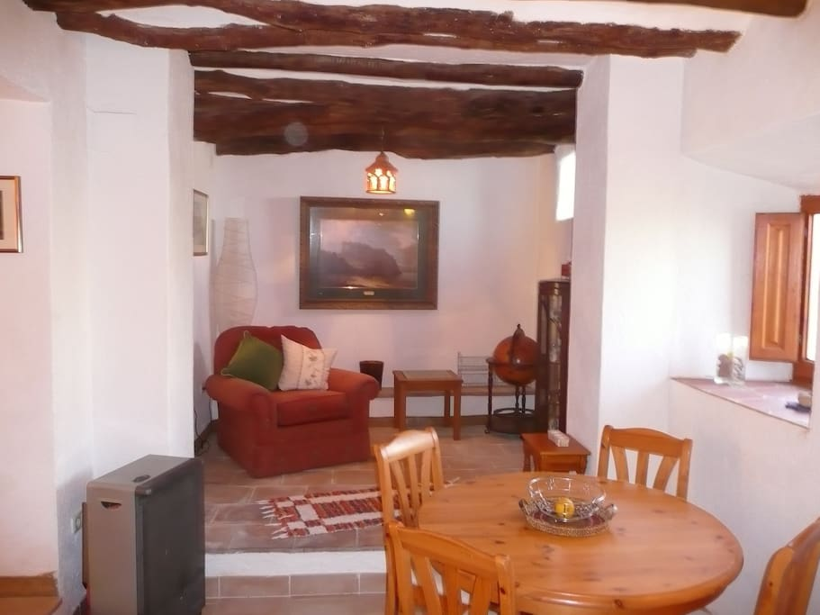 Montserrat Dining Room and 2nd Lounge