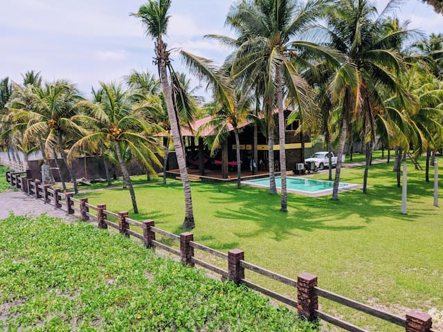 Casa Endless Summer 3BD • Beachfront