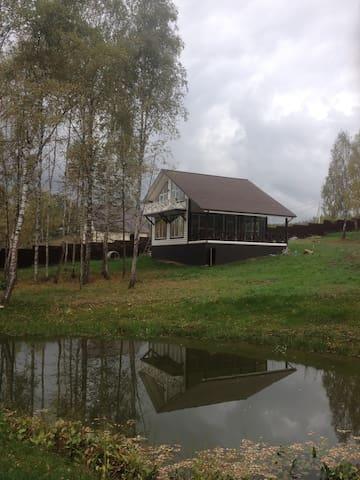 Семейная дача рядом с Окой в лесу - Велегож - House