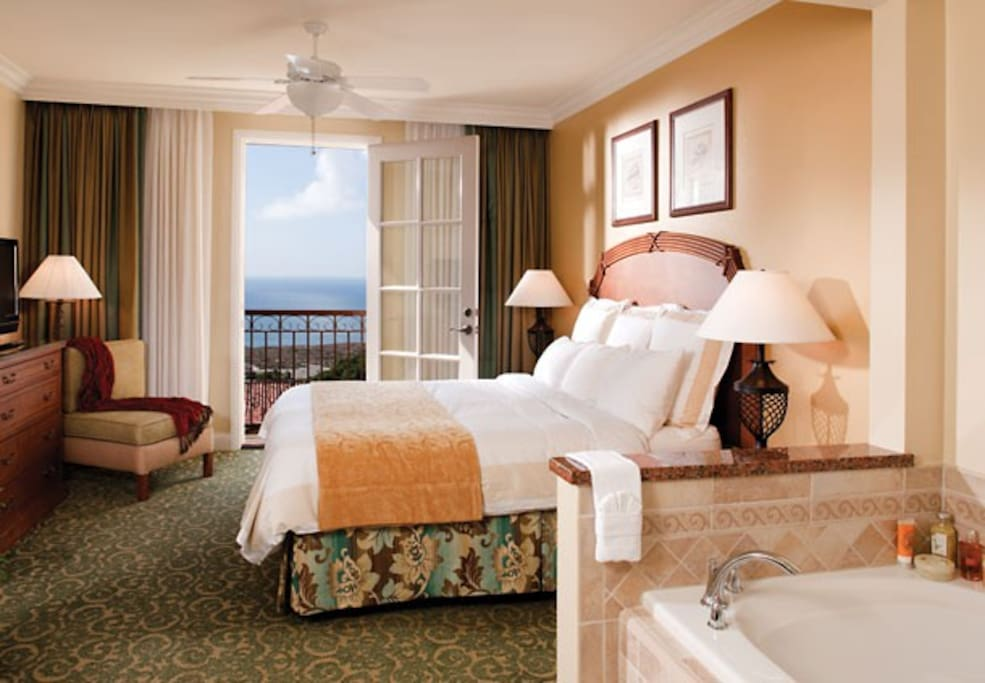 Marriott's Newport Coast Villas - Master Bedroom