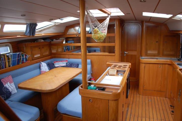 Formula 1 @ Zandvoort on a luxury sailing yacht