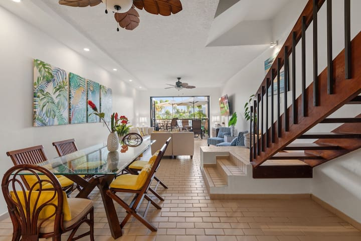 A World Apart Villa | The perfect getaway | Direct access to beach