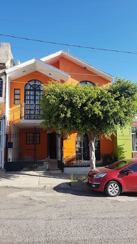 Cuartos San Pablo, (La casa se debe compartir)