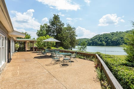 Hiwassee Hideaway: Private Riverfront & Golfing