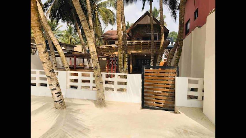 SamVera Beach House