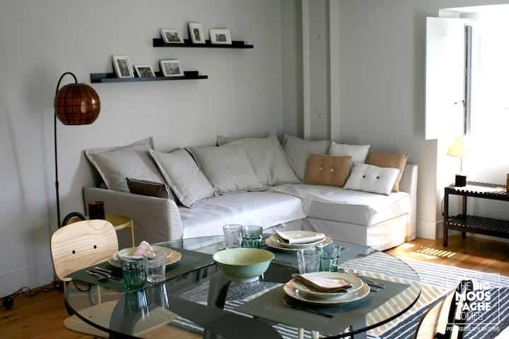 BAIRRO ALTO/BICA apartamento de sonho 3 pax + bebé