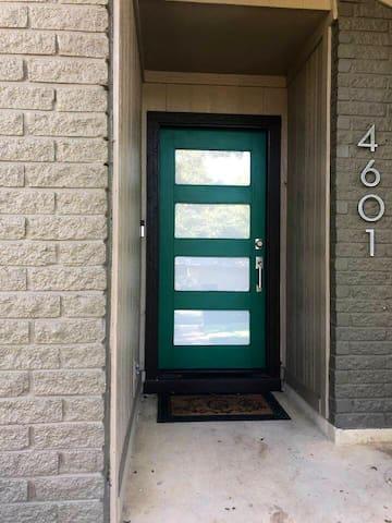 Front Door - Casa Verde