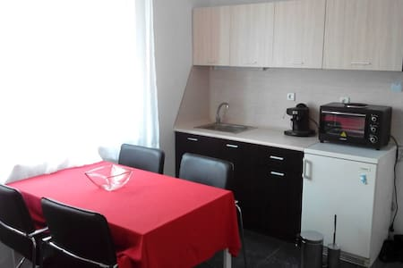 One-bedroom apartment in the center of Burgas - Apartment