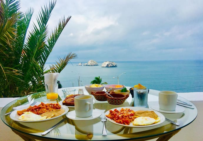 Ocean View, Breakfast Included/Hill House Mzt 203