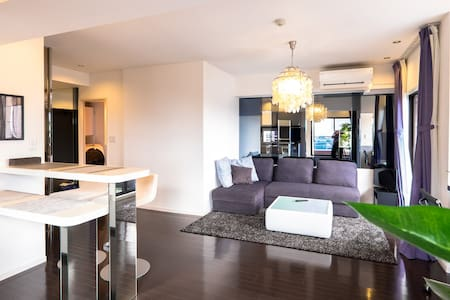 Stylish top floor Roppongi living with roofterrace - Minato - Wohnung