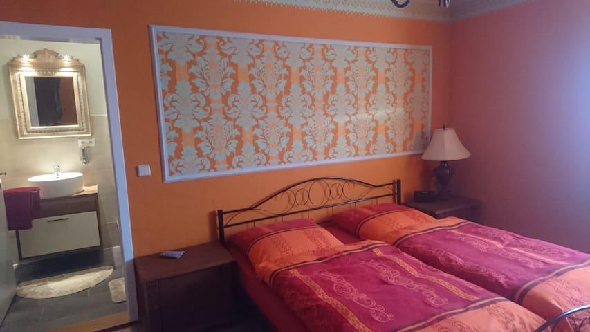 Wunderschöne Zweibettzimmer mit Bad nahe Magdeburg