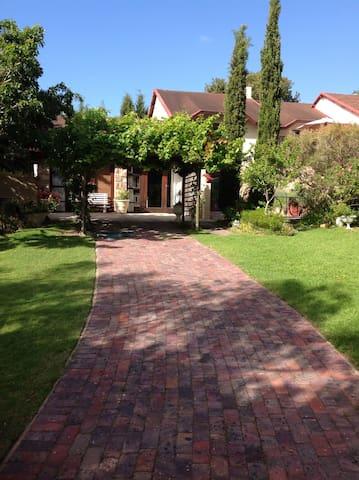 The Stone House Garden Cottage - Plettenberg Bay - Bed & Breakfast