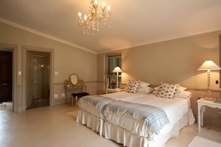 Vineyard room in the winelands - Stellenbosch