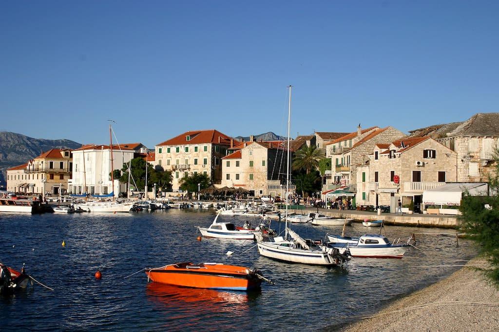 Postira riva/port