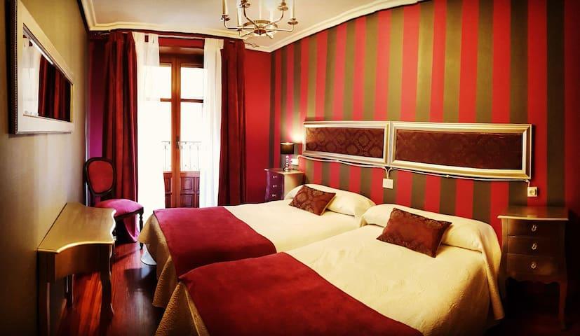 La Casa de Lorenzo, 140 m2, centro de Laguardia.
