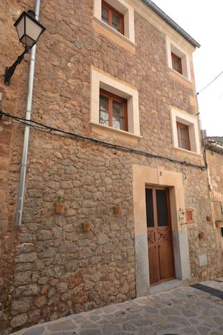 Beautiful house in Valldemossa