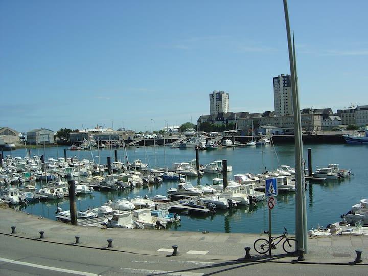 Un T1 de rêve sur le port et au centre (35 m2)