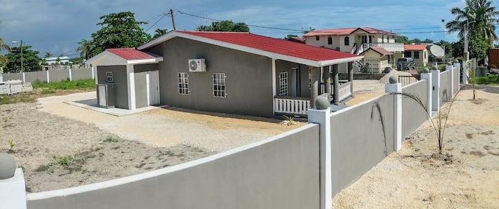 Kemp's getaway 383 Lordsbank Belize