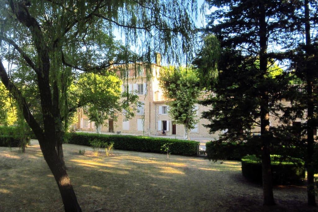 R sidence avec piscine et parc ombrag appartamenti in for Cabine in affitto nel parco invernale colorado